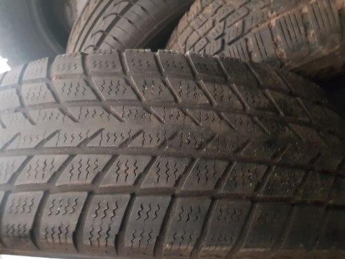 Одна шина 205/70R15 Hankook W400
