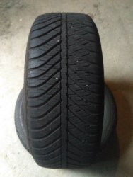 Пара шин 225/50R17 Goodyear Vector 4 Seasons