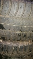 Пара шин 225/45R17 Goodyear 4 seasons