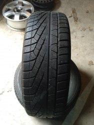Пара шин 215/65R16 Pirelli Winter 210