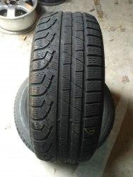Пара шин 225/55R16 Pirelli Winter 210