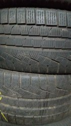 Пара шин 245/45R17 Pirelli W210
