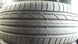 Одна шина 225/40R18 Bridgestone T001