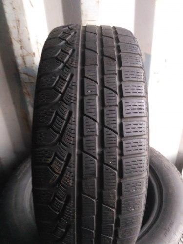 Пара шин 215/50R17 Pirelli Sottozero Winter 210