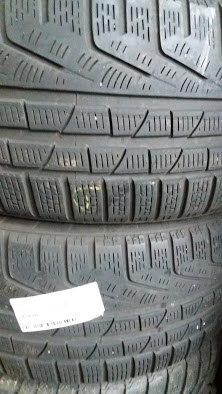 Пара шин 235/40R19 Pirelli W240