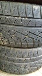 Пара шин 225/45 R17 Pirelli W210