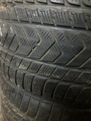 Пара шин 245/35R19 Pirelli W240