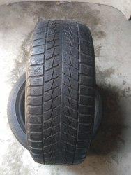 Пара шин 205/55R16 Bridgestone Blizzak LM 22 RFT