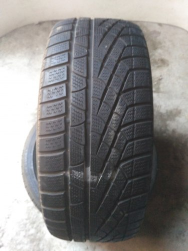 Пара шин 235/50R17 Pirelli Sottozero Winter 210