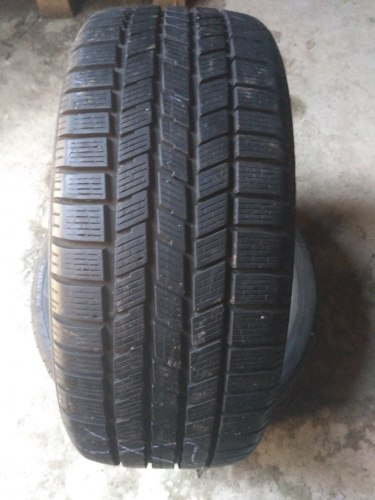Пара шин 225/40 R18 Pirelli Winter 240SnowSport