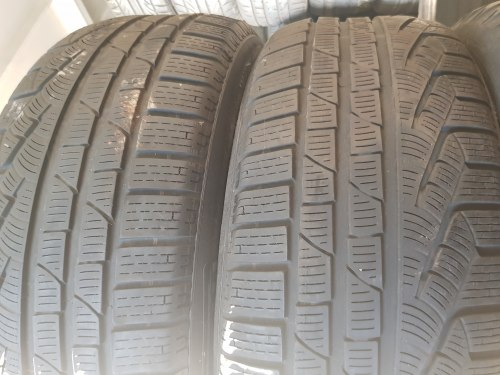 Пара шин 225/55 R17 Pirelli Sottozero 2