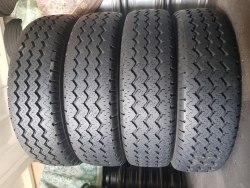 Комплект шин 215 75 r16c Michelin X C camping состояние новых