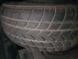 Одна шина 205/60R15 Roadstone Dark horse