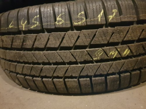Одна шина 245/65R17 Continental Crosscontact winter новая
