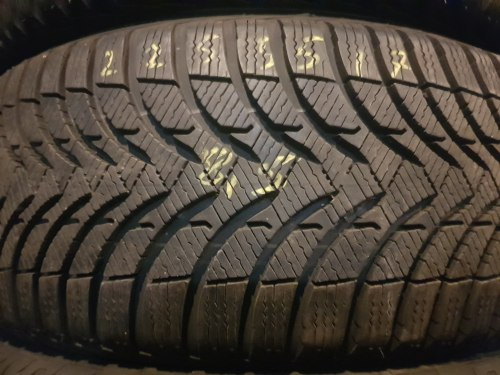 Одна шина 225/55R17 Michelin Alpin A4