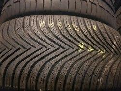 Одна шина 225/50 R17 Michelin Alpin 5