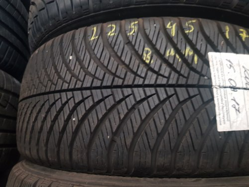 Одна шина 225/45R17 Goodyear Vector4seasons