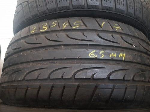 Одна шина 235/45R17 dunlop Sport maxx