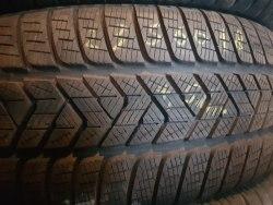 Одна шина 235/60R18 Pirelli Scorpio winter 3