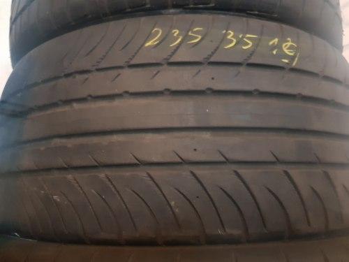Одна шина 235/35R19 Kumho Exta s pt