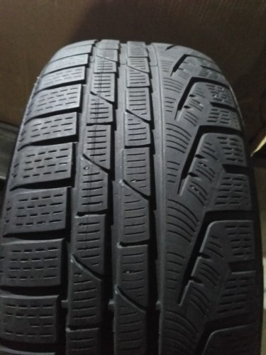 Комплект шин 225/50R18 Pirelli Sottozero Winter 210
