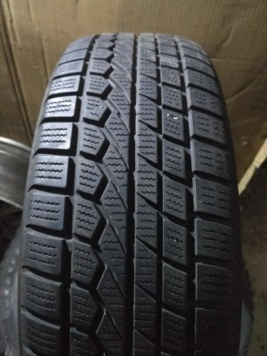 Комплект шин 205/65R16Toyo Open Country