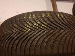 Одна шина 225/55 R17 Michelin Альпин 5 состояние новой