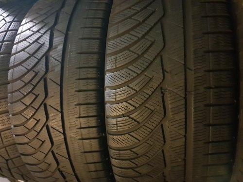 Пара шин 235/45 R18 Michelin Alpin pa4 6мм