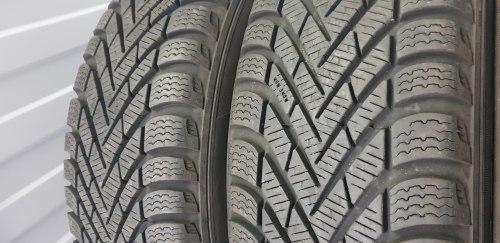 Пара шин 185 65 R14 Pirelli Cinturato winter состояние новой 42 неделя восемнадцатый год