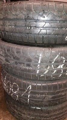 Комплект шин 205/65R17 Pirelli W210