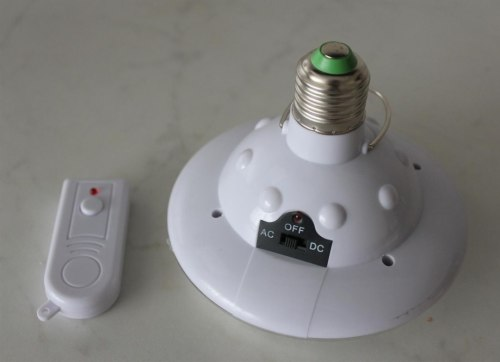 Светодиодная Лампа YD-678 с пультом