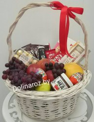 Корзина с фруктами и сладостями №12