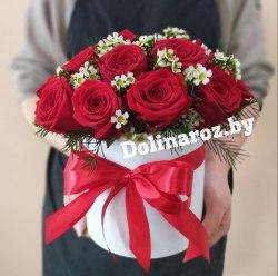 """Цветы в коробке """"Необычная"""" 15 роз"""