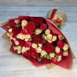 """Букет цветов """"Составной"""" Кустовые розы"""
