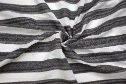 Хлопок (88158) Состав: 76% хлопок 24% полиэфирное волокно Ширина: 152 см