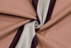 Шерсть (91347) Состав: 85% шерсть, 15% шерсть из ангорской козы Ширина: 150 см