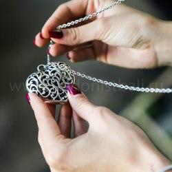 Ожерелье с сердцем на цепочке, металл, серебряный цвет