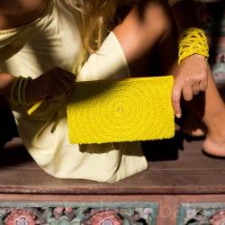 Клатч из бисера желтый с круглым орнаментом