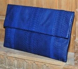 Клатч из натуральной кожи питона темно-синий размер XL