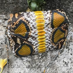 Сумка crossbody из натуральной кожи питона цветная серая с золотым