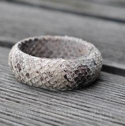 Браслет из натуральной кожи питона круглый натуральный без покраски