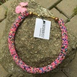 Ожерелье из бисера разноцветное розовое