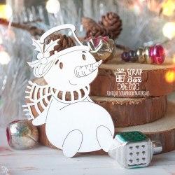 Чипборд снеговик с остролистом ScrapBox