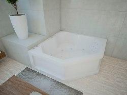 Ванна акриловая Aquatek Лира 148x148
