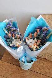 Букет-миди в сине-персиковом цвете