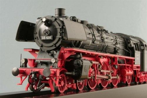 Немецкий паровоз BR 03 DB ROCO 63282