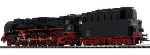 Немецкий паровоз BR 08 1001 DR TRIX 22912