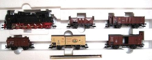 Прусский товарный поезд K.P.E.V. с паровозом Т16 (BR94) Fleischmann 4886