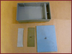 Кормушка пластмассовая объем 1 л