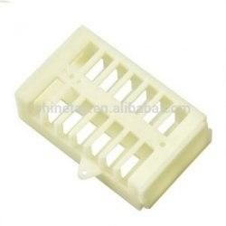 Клеточка для изоляции матки пластмассовая